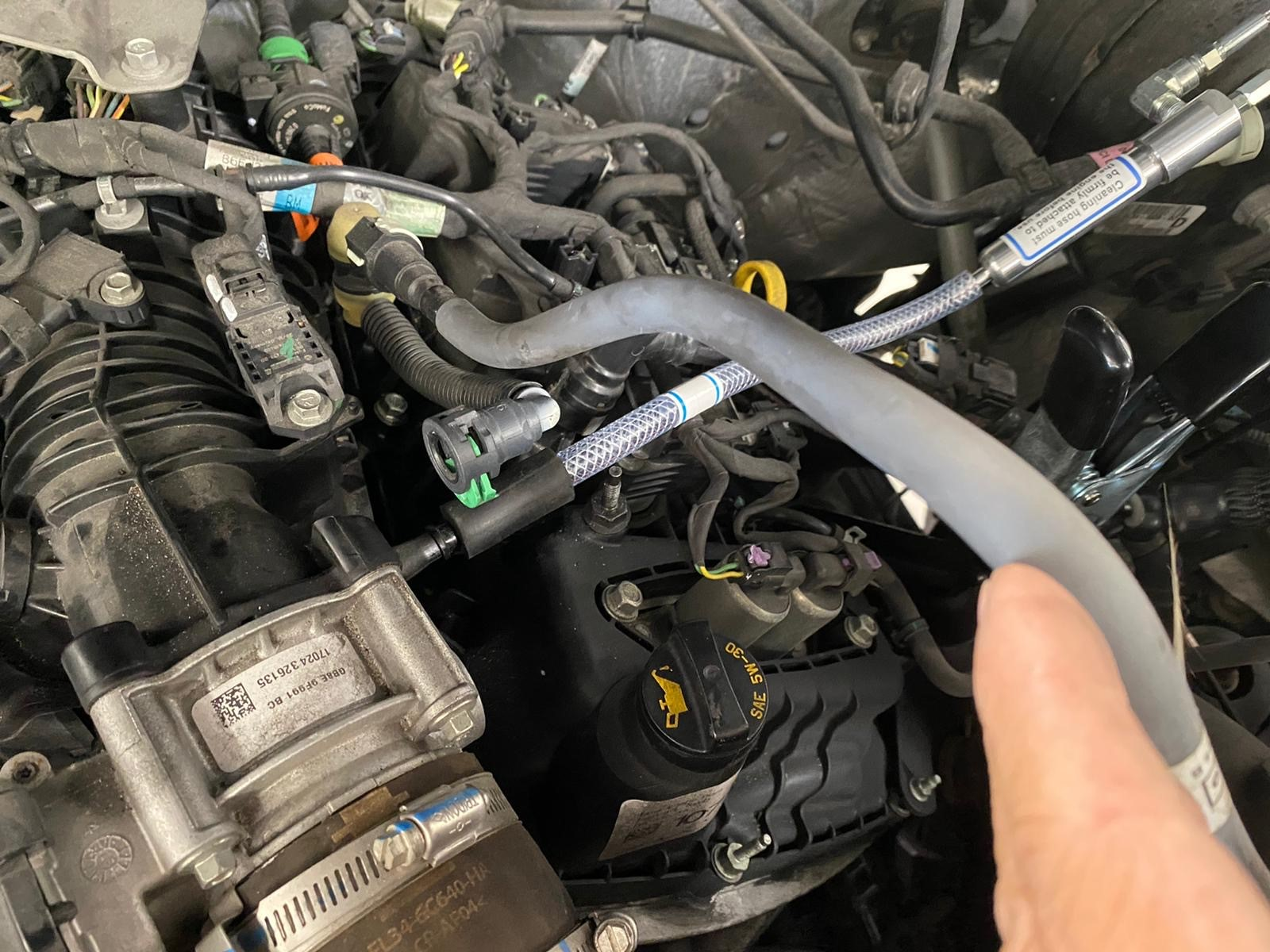2017-Ford-F-150-Ecoboost-close-hose-3C-connected.jpg